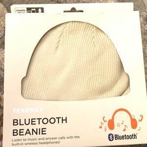 NIB Bluetooth Beanie